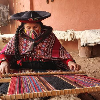 Textiles from the Sacred Valley of Cusco – Perú